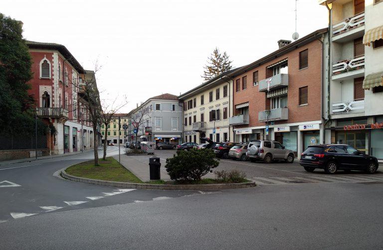 Carnevale Largo Oberdan, Piazza Libertà e Piazza Unità